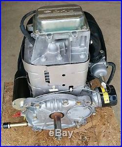 17.5HP Briggs and Stratton ENGINE from John Deere 1 Diameter Vertical Shaft