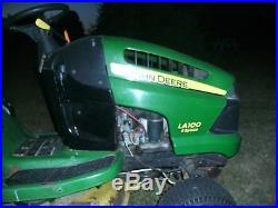 2007 LA100 5 speed john deere riding lawn mower with briggs and stratton engine