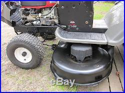 Craftsman LT2000 Lawn Tractor with 42deck 17.5HP Briggs & Stratton