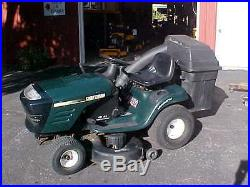 Craftsman Lawn Tractor with 42 Cutting Deck and Bagger (Nice Shape)