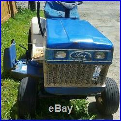Ford Garden Tractor YT 16 Lawn Mower by Gilson 16HP Briggs 42 Deck RUNS