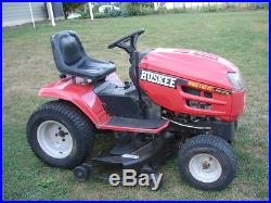 HUSKEE Lawn tractor Model with twin cyl 21hp Briggs and Stratton engine 46 deck