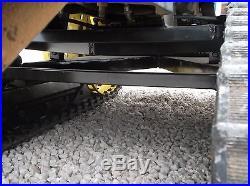 JOHN DEERE 400 L&G TRACTOR ON TRACKS 20HP KOHLER