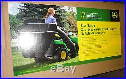 JOHN DEERE BM21888 BG20776 Twin Bagger kit 100 Series Lawn Tractors with 42 decks