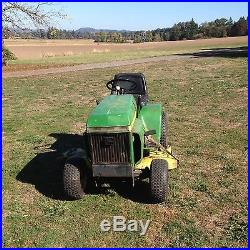 John Deere 214 Riding Lawn Mower