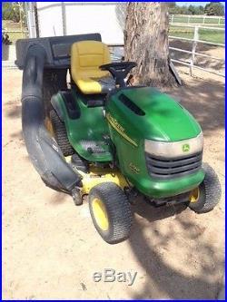John Deere L130- 48 Lawn Tractor
