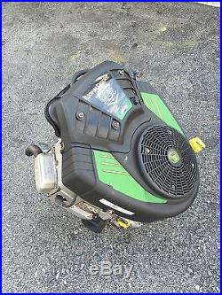 John Deere LA135 Lawn Mower Briggs & Stratton 22HP Vertical Twin Cylinder Engine