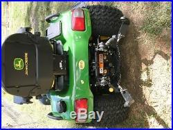John Deere X720 Lawn Tractor