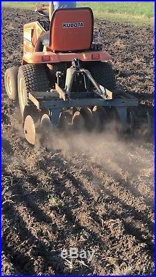 Kubota G5200 Lawn Tractor