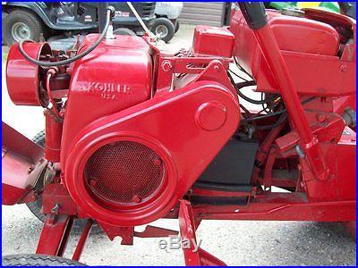 Vintage Wheel Horse 855 Garden Tractor