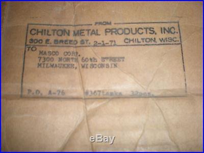 Vintage antique NOS steel 1 gal. Oval gas or fuel tank Briggs Lauson Clinton